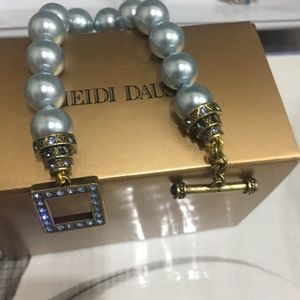 💙Heidi Daus Bracelet